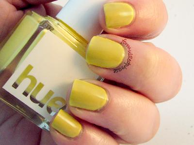 SquareHue Yellow Submarine