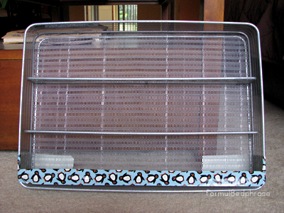 A polish rack made of a utensil rack.